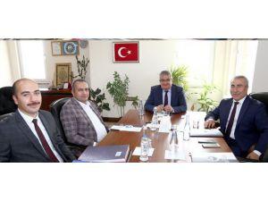 """Vali Aykut Pekmez: """"Aksaray Osb'si İvme Kazandıracak"""""""