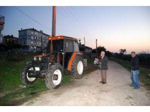 """Traktörü Yanan Çiftçi: """"Cana Geleceğine Mala Gelsin"""""""