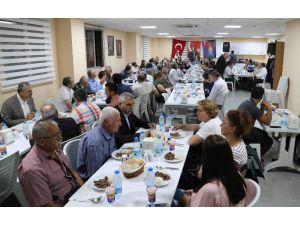 Başkan Karabağ, Alevi Vakıf Ve Dernek Yöneticileriyle Buluştu