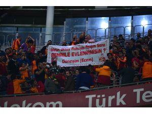 Spor Toto Süper Lig: Galatasaray: 1 - Bursaspor: 1 (Maç Sonucu)