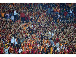Türk Stadyumu'nda Maçı 37 Bin 308 Biletli Seyirci İzledi