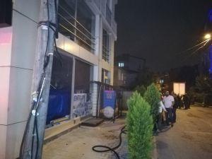 Elektrik Panosunda Çıkan Yangın İş Yerini Küle Çevirecekti