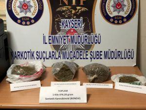 Kayseri'de Uyuşturucu Operasyonunda 3 Gözaltı