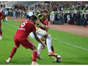 Spor Toto Süper Lig: Dg Sivasspor: 0 - Fenerbahçe: 0 (Maç Sonucu)