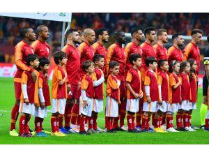 Galatasaray 18 Günde 5 Maç Yapacak
