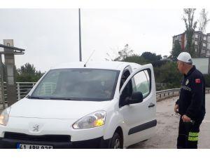 Kurallara Uymayan Sürücüler Polis Engeline Takıldı