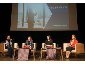 Yerel Yönetimde Kadın Akademisinin Sertifika Töreni Düzenlendi