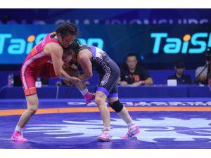 Elif Jale Yeşilırmak, Dünya Güreş Şampiyonası'nda Finalde