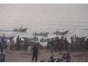 İsrail, 78 Filistinliyi Yaraladı