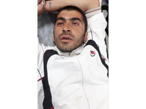 Kadıköy'de Cezaevi Firarisi 10 Kişiyi Bıçakladı