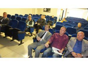 Burhaniye'de İşletme Sahiplerine Etiketleme Semineri