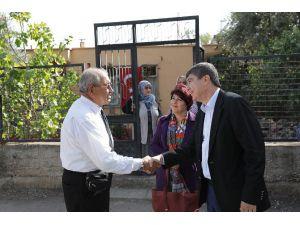 Başkan Türel'den Otobüsten İndirilen Gaziye Ziyaret