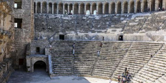 Aspendos Tiyatrosu, Ziyaretçilerin Gözdesi