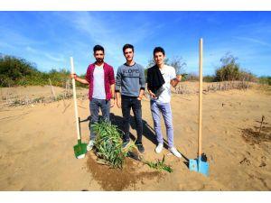 Kyk Öğrencileri 3 Bin 300 Fidanı Toprakla Buluşturdu