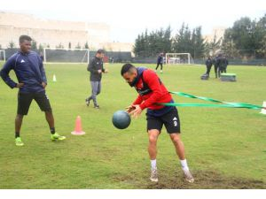 Hatayspor, Giresunspor Hazırlıklarını Yağmur Altında Sürdürüyor