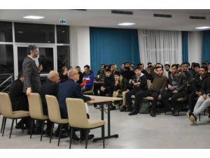 Kyk Şartlarını Protesto Eden Öğrencilerle Toplantı Yapıldı