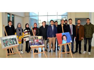 Öğrencilerden 'İnsan Hakları' Açıklaması