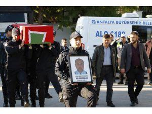 Antalya Emniyet Müdür Yardımcısı, Otomobilinde Ölü Bulundu (5)