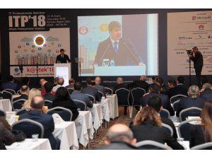 Başkan Türel Itb'18 Bilişim Semineri'ne Katıldı
