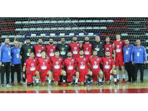 Antalyaspor, Devreyi Üst Sıralarda Bitirmek İstiyor