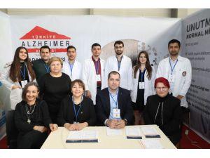 Türkiye Alzheimer Derneği Adana Şubesi Sağlık Festivali'nde Stant Açtı