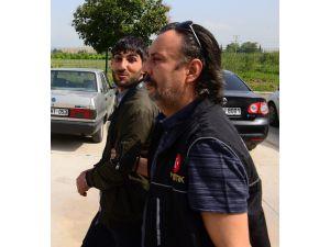 Aranan Şahıs Uyuşturucu Satarken Yakalandı