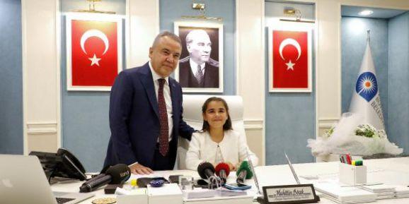 23 Nisan Başkanı Berrak Esba'dan 'Çevre' Desteği