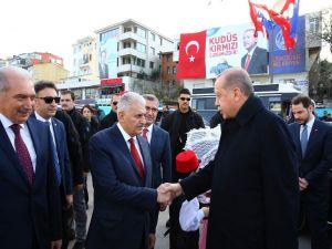 Başbakan Yıldırım Türkiye'nin ilk sürücüsüz metro hattının açılışına katıldı