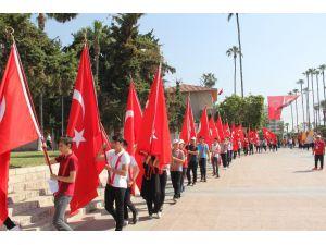 Gençlik Haftası 'Gençlik Yürüyüşü' İle Başladı
