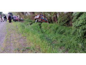 Traktörden Kopan Römorktaki Tarım İşçileri Ölümden Döndü