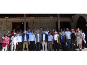 Demre'de Müzeler Günü Konferansı