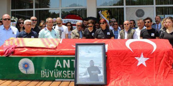 Öldürülen Arkeolog İçin Müzede Hüzünlü Tören