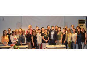 Aü'den 'Bir Okul Değişir, Antalya Değişir' Projesi