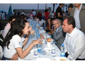 Başkan Seçer, 19 Mayıs'ta Gençlerle İftar Yemeğine Katıldı