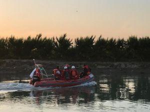 Tarsus'ta Nehirde Kaybolan Şahsın Cesedine Ulaşıldı