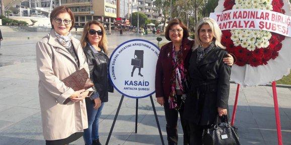 """""""Kadına şiddet, toplumu cehalete sürükler"""""""