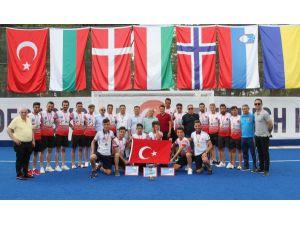 Hokeyde Gaziantep Ve Copenhagen Şampiyon