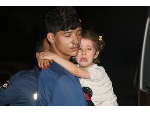 Adana'da 2 Katlı Müstakil Ev Alev Alev Yandı: 6 Çocuk Dumandan Etkilendi