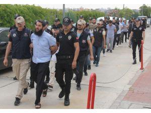 Deaş Operasyonunda Gözaltına Alınan 13 Zanlı Adliyeye Sevk Edildi