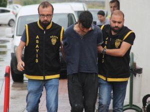 Polisle Birlikte 3 Kişiyi Bıçaklayan Zanlı Adliyeye Sevk Edildi