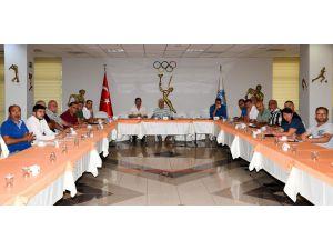 Mersin'de 'Et Borsası' Tartışıldı
