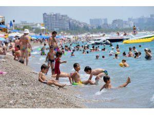 Antalya'nın Denizi, Havasından Sıcak