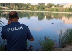 Adana'da Nehirde Kadın Cesedi Bulundu