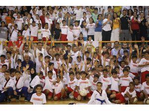 Yüreğir Belediyesi Yaz Spor Okuluna Yoğun İlgi