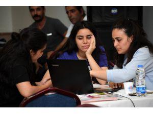 Mersin'de 2 Bin Öğrenciye Üniversite İçin Danışmanlık Desteği