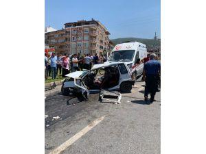 Hatay'da Ambulans İle Otomobil Çarpıştı: 2 Ölü, 1 Ağır Yaralı