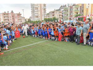 Çukurova'da Geleceğin Futbolcuları Yetişiyor