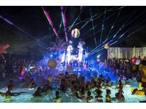 Rixos Sungate'ten Muhteşem 10. Yıl Kutlaması