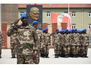 Isparta'da Somalili Askerlere Komando Eğitimi