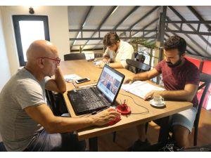 Mezitli'de Kafe Kütüphanelere İlgi Artıyor